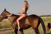 horseback_riding_1364592789s