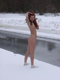 winter_nudist04